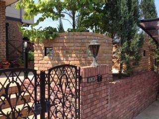 古窯レンガのデザイン壁