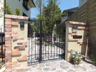 おしゃれな門壁