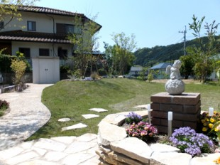 現代風築山ガーデン